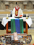 Fr Iggy O'Donovan celebrating the SOSAD mass in the Augustinian church. Photo: Colin Bell/pressphotos.ie