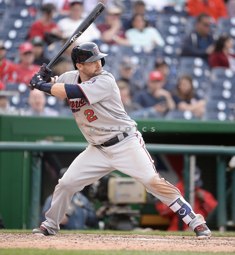 Minnesota Twins Brian Dozier (2) during a game against the Washington Nationals on April 24, 2016 at Nationals Park in Washington, DC. The Nationals beat the Twins 2-0.