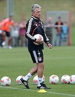 FUSSBALL  1. BUNDESLIGA   SAISON  2012/2013   Trainingsauftakt beim FC Bayern Muenchen 03.07.2012 Trainer Jupp Heynckes  (FC Bayern Muenchen)