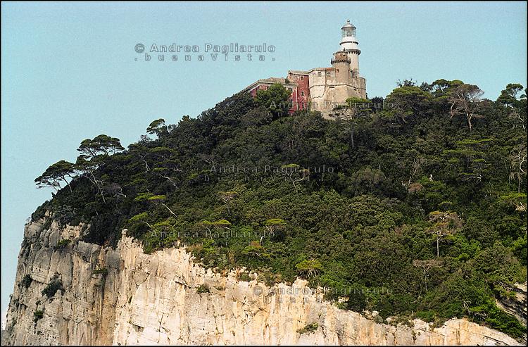Faro San Venerio, isola del Tino (Livorno). <br /> Lighthouse San Venerio, Tino island (Livorno).