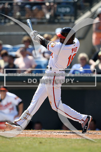 March 8, 2010:  Outfielder Felix Pie (18) of the Baltimore Orioles during a Spring Training game at Ed Smith Stadium in Sarasota, FL.  Photo By Mike Janes/Four Seam Images