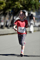 Cigna Kids Waterfront Fun Run at Frank Kitts Park, Wellington, New Zealand on Tuesday 16  December 2014. <br /> Photo by Masanori Udagawa. <br /> www.photowellington.photoshelter.com.
