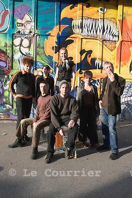Genève, le 15.10.2008.Répétition du concert des Young Gods avec le quatuor à corde les Barbouzes de chez Fior..© Le Courrier / J.-P. Di Silvestro