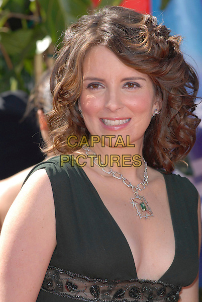 TINA FEY.58th Annual Primetime Emmy Awards held at the Shrine Auditorium, Los Angeles, California, USA..August 27th, 2006.Ref: ADM/CH.headshot portrait necklace.www.capitalpictures.com.sales@capitalpictures.com.©Charles Harris/AdMedia/Capital Pictures.