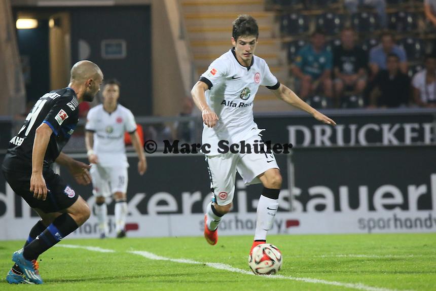 Lucas Piazon (Eintracht) gegen Zafer Yelen (FSV) - FSV Frankfurt vs. Eintracht Frankfurt, Frankfurter Volksbank Stadion
