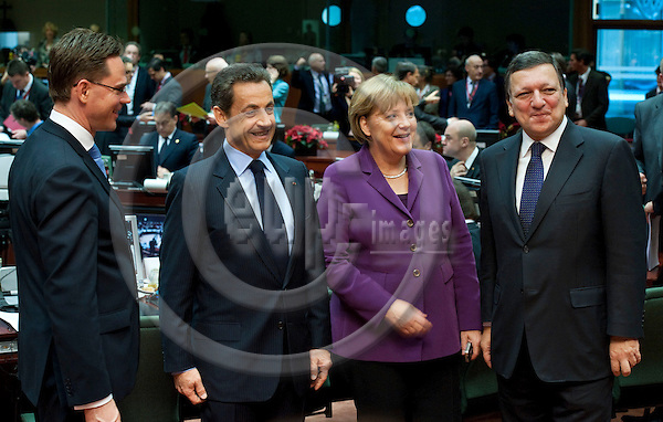 Brussels-Belgium - December 09, 2011 -- European Council, EU-summit during Polish EU-Presidency; here, Jyrki KATAINEN (le), Prime Minister of Finland; Nicolas SARKOZY (2.le), President of France; Angela MERKEL (2.ri), Federal Chancellor of Germany; José (Jose) Manuel BARROSO (ri), President of the European Commission -- Photo: Horst Wagner / eup-images