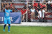 SÃO PAULO,SP,02 MARÇO 2013 - CAMPEONATO PAULISTA A2 - JUVENTUS x GREMIO CATANDUVENSE - jogador do Catanduvense comemora gol  durante partida Juventus x Catanduvense válido pela 12º rodada do Campeonato Paulista A2 no Estádio Rodolfo Crespi ( Rua Javari ) na tarde deste sabado (02). FOTO ALE VIANNA - BRAZIL PHOTO PRESS.