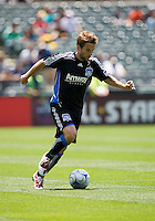 June 20, 2009:  Bobby Convey of Earthquakes in action during a game at Coliseum in Oakland, California. San Jose Earthquakes defeated Los Angeles, 2-1