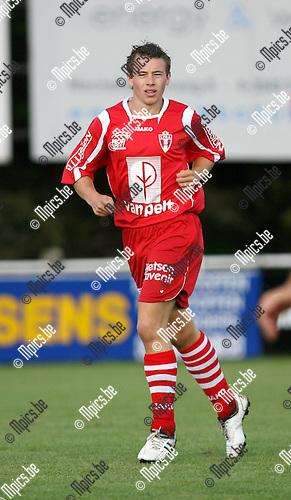 2009-07-19 / Seizoen 2009-2010 / Voetbal / TSV Lyra / Seb Van Reeth..Foto: Maarten Straetemans (SMB)