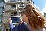 Jeu interactif sur tablette pour enfants
