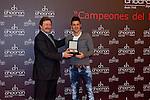 Entrega de relojes a la seleccion española de futbol en la Joyeria Chocron, presentado por Anne Igartiburu.