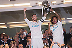 Sergio Ramos of Real Madrid celebrates winning the Supercopa de Espana with teammate Marcelo Vieira Da Silva after the Supercopa de Espana Final 2nd Leg match between Real Madrid and FC Barcelona at the Estadio Santiago Bernabeu on 16 August 2017 in Madrid, Spain. Photo by Diego Gonzalez Souto / Power Sport Images