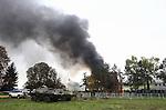 20151021 Flüchtlingszelte brennen im Lager von Brezice, Slovenien