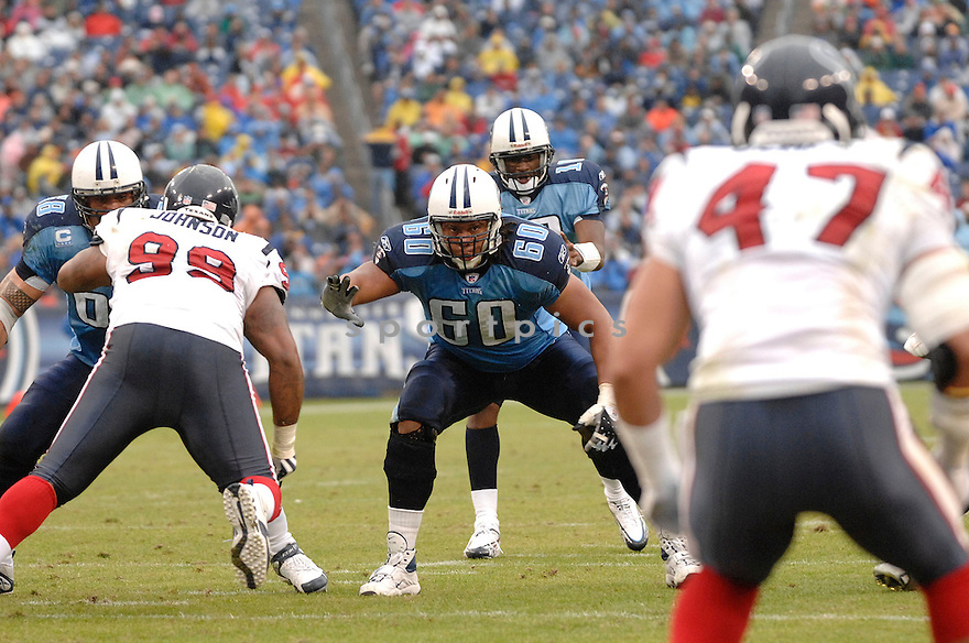 JACOB BELL, of the Tennessee Titans  in action during the Titans game against the Houston Titans on December 2, 2007 in Nashville, Tennessee...TITANS  win 28-20..SportPics