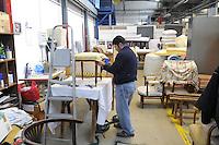 Trezzano sul Naviglio (Milano) - Ri-Maflow, fabbrica recuperata e autogestita dagli ex dipendenti, laboratorio artigiano di tapezzeria<br /> <br /> Trezzano sul Naviglio (Milan) - Rimaflow, recuperated factory and self-managed by former employees, workshop of upholstery