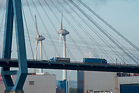 GERMANY, Hamburg, port and Köhlbrand bridge , Enercon wind turbine / DEUTSCHLAND, Hamburg, Süderelbe, Köhlbrandbrücke , Windkraftanlage