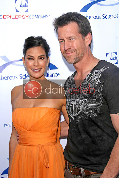 James Denton and Teri Hatcher<br />