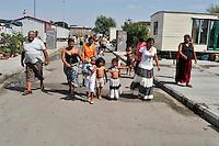 Campo rom di via Salone