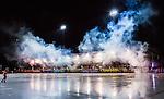 Bolln&auml;s 2014-10-24 Bandy Elitserien Bolln&auml;s GIF - Broberg S&ouml;derhamn  :  <br /> Vy &ouml;ver S&auml;vsta&aring;s IP med r&ouml;k fr&aring;n huvudl&auml;ktaren och ungdomslag fr&aring;n Mini World Cup inf&ouml;r matchen mellan Bolln&auml;s GIF och Broberg S&ouml;derhamn  <br /> (Foto: Kenta J&ouml;nsson) Nyckelord:  Bolln&auml;s GIF BGIF Giffarna S&auml;vsta&aring;s IP &Aring;sen Broberg S&ouml;derhamn BIF utomhus exteri&ouml;r exterior supporter fans publik supporters