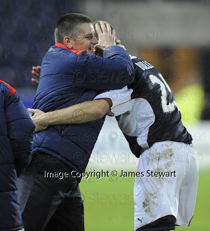 21/11/2009  Copyright  Pic : James Stewart.sct_jspa14_falkirk_v_hamilton  . :: FALKIRK MANAGER EDDIE MAY CONGRATULATES LEE BULLEN AFTER HE SCORED THE SECOND :: .James Stewart Photography 19 Carronlea Drive, Falkirk. FK2 8DN      Vat Reg No. 607 6932 25.Telephone      : +44 (0)1324 570291 .Mobile              : +44 (0)7721 416997.E-mail  :  jim@jspa.co.uk.If you require further information then contact Jim Stewart on any of the numbers above.........