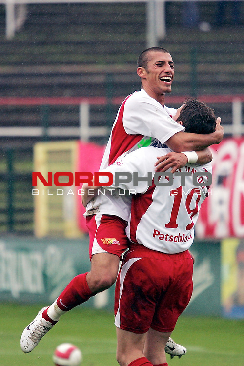 RLN 2007/2008 12. Spieltag Hinrunde 1. FC Union Berlin vs SV Werder Bremen II<br /> <br /> Karim Benyamina (Berlin #22) und Nica Patschinski (Berlin #19) freuen sich nach dem 1:0 f&uuml;r Berlin.<br /> Foto &copy; nph (  nordphoto  )<br /> <br />  *** Local Caption ***