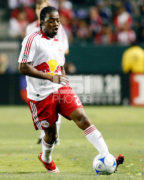 NY Red Bulls forward, Oscar Echeverry(20) advances the ball upfield during the 2nd half. Chivas USA  took on the NY Red Bulls on June 28, 2008 at the Home Depot Center in Carson, CA. The game ended in a 1-1 tie.