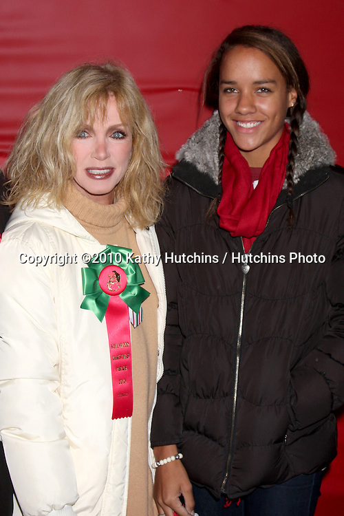 LOS ANGELES - NOV 28:  Donna Mills, daughter Chloe arrives at the 2010 Hollywood Christmas Parade at Hollywood Boulevard on November 28, 2010 in Los Angeles, CA