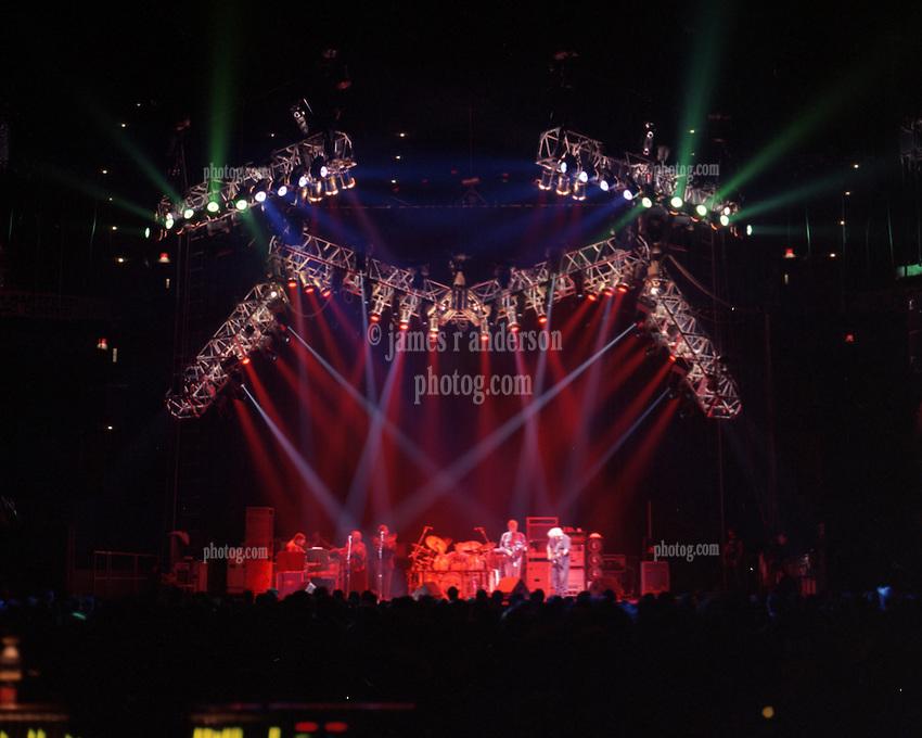 Jerry Garcia Band performing at the Hartford Civic Center 8 November 1993