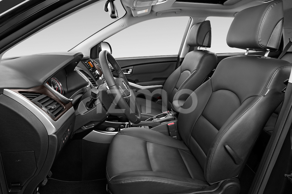 Front seat view of2014 Ssangyong Korando Sapphire 5 Door SUV Front Seat car photos