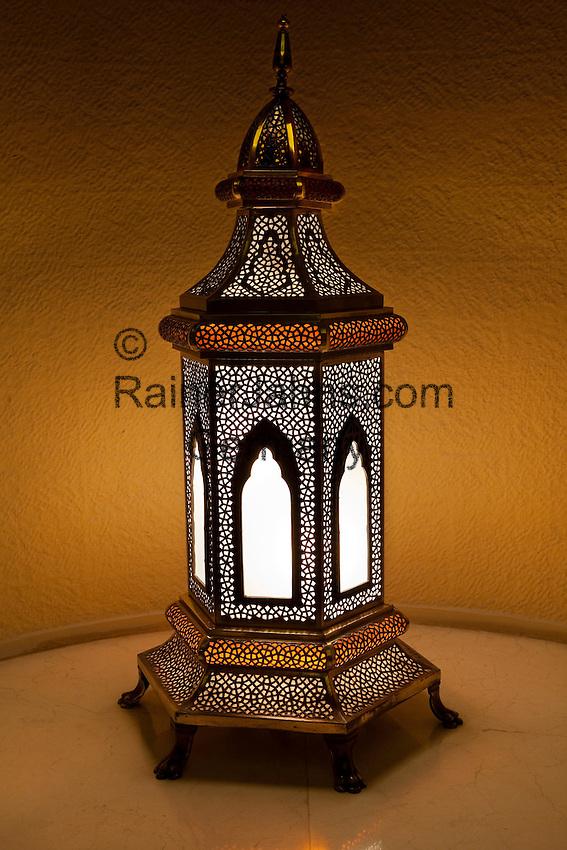 United Arab Emirates, Dubai: Traditional lamp