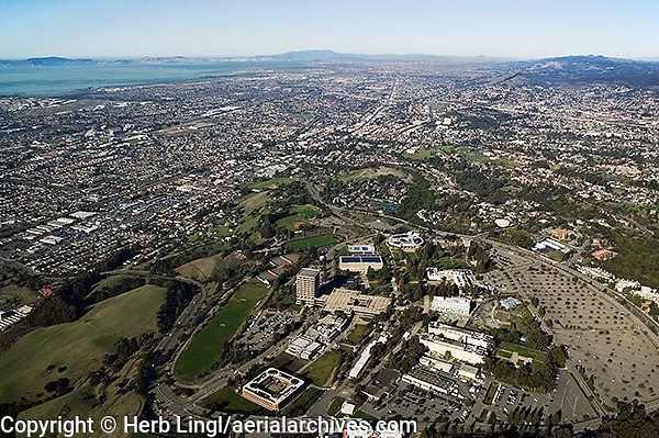 aerial photograph California State Hayward, Hayward, Alameda county, California