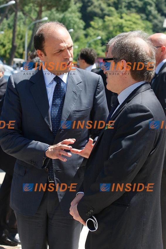 Angelino Alfano e Roberto Maroni all'uscita dell'Assemblea.Roma 24/05/2012 Auditorium Parco della Musica. Assemblea annuale di Confindustria..Photo Samantha Zucchi Insidefoto