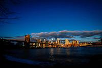 NOVA YORK, EUA, 04.12.2018 - TURISMO-EUA - Vista da Ilha de Manhattan e da Ponte do Brooklyn na cidade de Nova York nos Estados Unidos nesta terça-feira, 04. (Foto: William Volcov/Brazil Photo Press)