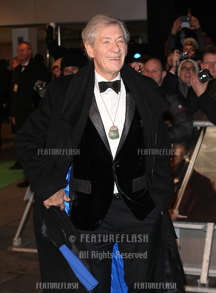 Sir Ian McKellen arriving for The hobbit Premiere, Odeon Leicester Square, London. 12/12/2012 Picture by: Alexandra Glen / Featureflash