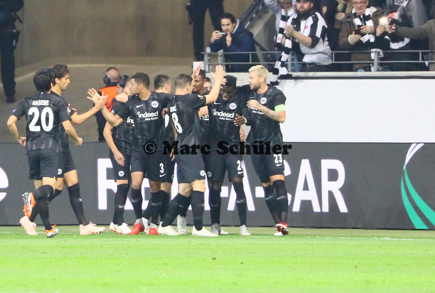 celebrate the goal, Torjubel zum 1:0 von Danny da Costa (Eintracht Frankfurt) - 04.10.2018: Eintracht Frankfurt vs. Lazio Rom, UEFA Europa League 2. Spieltag, Commerzbank Arena, DISCLAIMER: DFL regulations prohibit any use of photographs as image sequences and/or quasi-video.