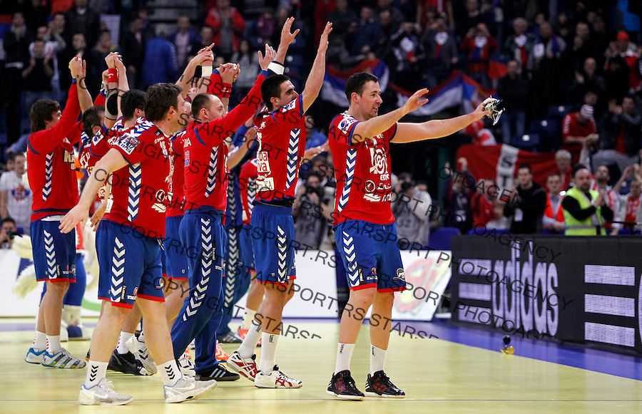 Serbian national handball team players celebrate victory after main round, group 1, men`s EHF EURO 2012 championship handball game between Serbia and Sweden in Belgrade, Serbia, Monday, January 23, 2011.  (photo: Pedja Milosavljevic / thepedja@gmail.com / +381641260959) Marko Vujin