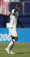 July 24, 2005: East Rutherford, NJ, USA:  USMNT DaMarcus Beasley (7) organizes the defense during the CONCACAF Gold Cup Finals at Giants Stadium.  The USMNT won 3-1 on penalty kicks.