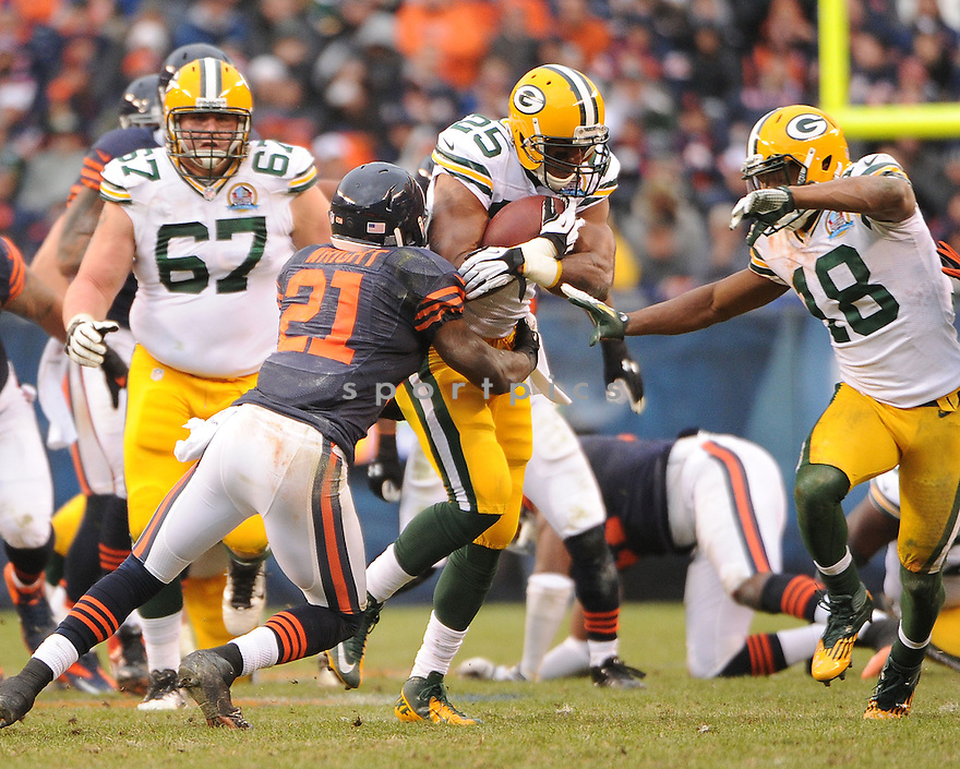 Green Bay Packers Ryan Grant (25) in action during a game against the Bears on December 16, 2012 at Soldier Field in Chicago, IL. The packers beat the Bears 21-13..
