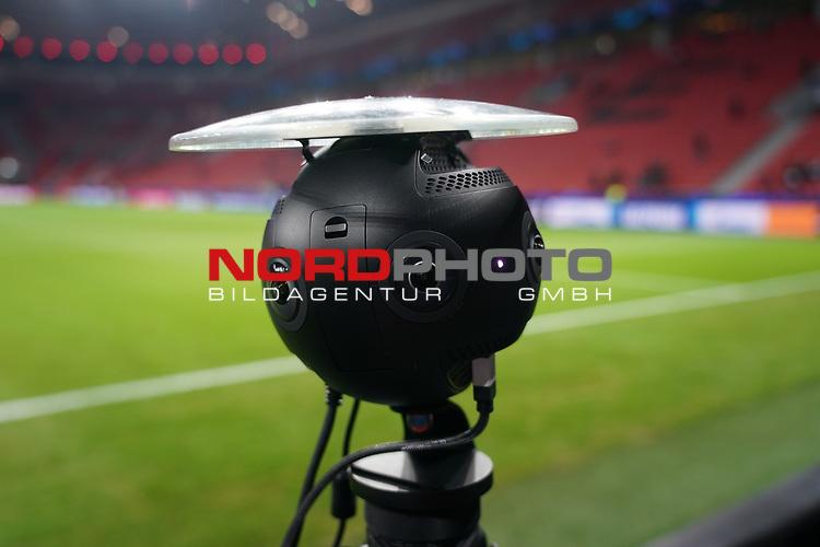 06.11.2019, BayArena, Leverkusen, Championsleague, Vorrunde, 4. Spieltag, GER, UEFA  CL, Bayer 04 Leverkusen (GER) vs. Atletiko Madrid (ESP),<br />  <br /> DFL regulations prohibit any use of photographs as image sequences and/or quasi-video<br /> <br /> im Bild / picture shows: <br /> Feature Rundumkamera<br /> <br /> <br /> Foto © nordphoto / Meuter<br /> <br /> <br /> <br /> Foto © nordphoto / Meuter