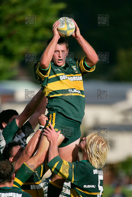 B. Crisp secures lineout ball. Counties Manukau Premier Club Rugby, Pukekohe v Manurewa  played at the Colin Lawrie field, on the 17th of April 2006. Manurewa won 20 - 18.