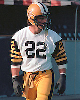 Mark Bragagnolo HamiltonTiger Cats 1984. Copyright photograph Scott Grant