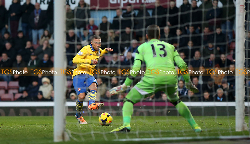 Kieran Gibbs of Arsenal goes close in the 1st half - West Ham United vs Arsenal, Barclays Premier League at Upton Park, West Ham - 26/12/13 - MANDATORY CREDIT: Rob Newell/TGSPHOTO - Self billing applies where appropriate - 0845 094 6026 - contact@tgsphoto.co.uk - NO UNPAID USE
