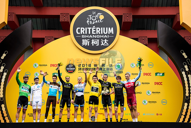 The winners on the podium at the end of the 2018 Shanghai Criterium, Shanghai, China. 17th November 2018.<br /> Picture: ASO/Alex Broadway | Cyclefile<br /> <br /> <br /> All photos usage must carry mandatory copyright credit (© Cyclefile | ASO/Alex Broadway)