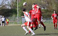 Felix Termeer (Lengfeld) klärt per Kopfball - 07.04.2019: SKV Büttelborn vs. TSV Lengfeld, Gruppenliga Darmstadt