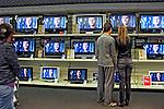 Comércio de televisões digitais. São Paulo. 2007. Foto de Juca Martins.
