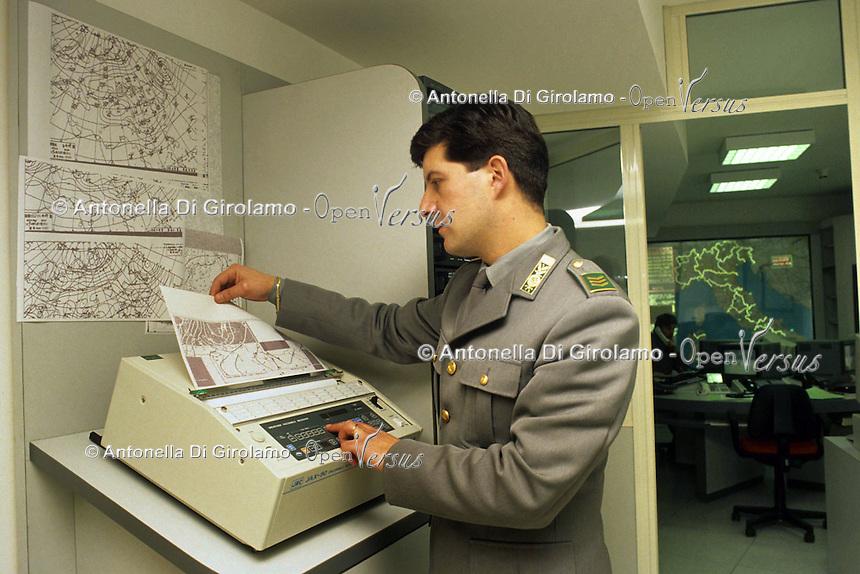 Sala operativa per il monitoraggio degli incendi..Operations room to monitor the fire.......