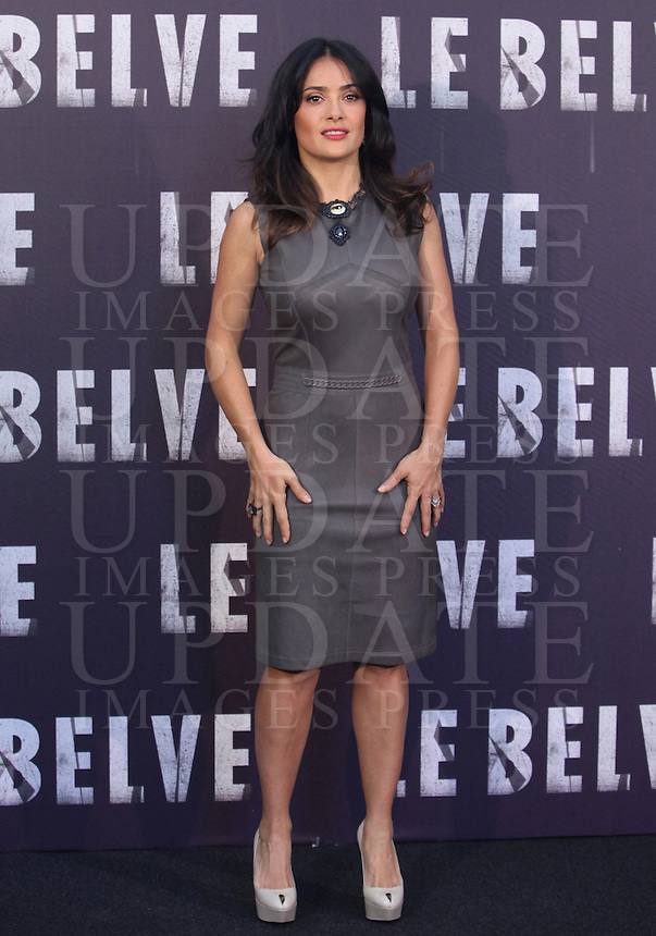"L'attrice messicana Salma Hayek posa durante il photocall per la presentazione del film "" Le Belve"" a Roma, 25 settembre 2012..Mexican actress Salma Hayek poses during a photocall for the presentation of the movie ""Savages"" in Rome, 25 September 2012..UPDATE IMAGES PRESS/Isabella Bonotto"