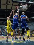 18.12.2019, EWE Arena, Oldenburg, GER, EuroCup 7Days, EWE Baskets Oldenburg vs Buducnost VOLI Podgorica, im Bild<br /> Danilo NIKOLIC (Buducnost VOLI Podgorica #34 ) Zoran NIKOLIC (Buducnost VOLI Podgorica #19 ) Philipp SCHWETHELM (EWE Baskets Oldenburg #33 )<br /> Foto © nordphoto / Rojahn
