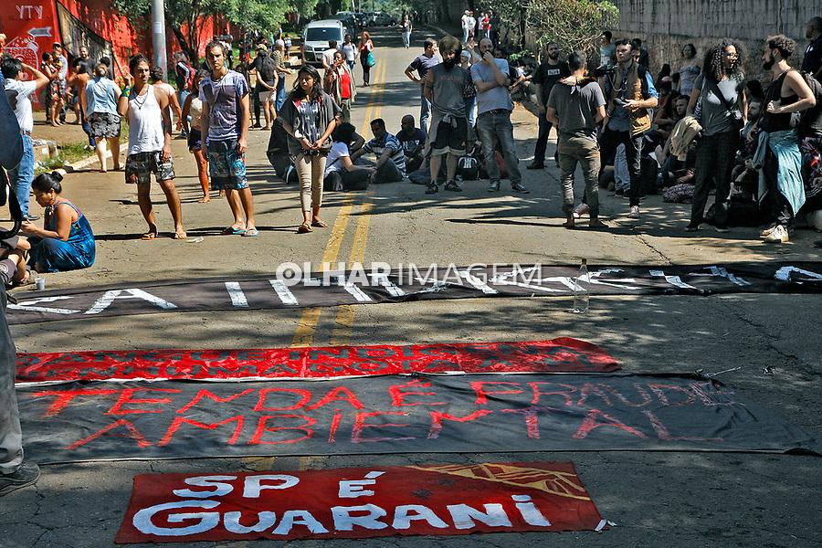 Despejo de indigenas em reintegração de posse, Centro Ecológico Yary Ty dos Guaranis, Jaragua. Sao Paulo. 10.03.2020. Foto Euler Paixão