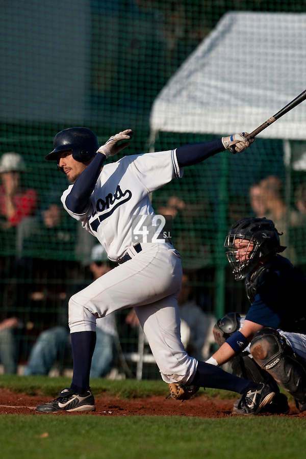 10 october 2009: Chris Goniot of Savigny is seen at bat during game 3 of the 2009 French Elite Finals won 4-2 by Savigny over Rouen, at Stade Jean Moulin stadium in Savigny sur Orge, near Paris, France.
